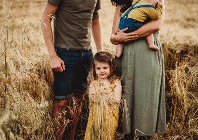 natural family photography in swindon